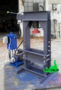 Hydraulic assembly press