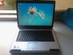 Trouble-free Toshiba Satellite L40 laptop (like new)